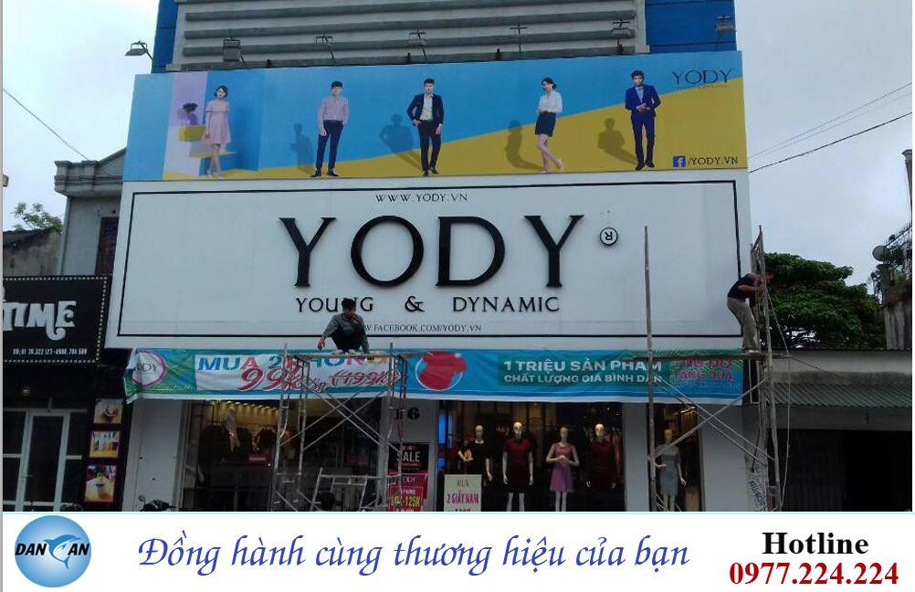 Thi công biển quảng cáo cho thời trang YODY tại Thanh Hóa